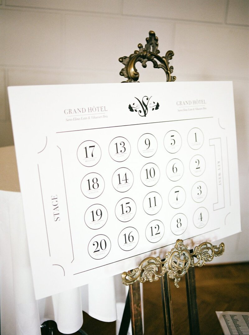 0041_Grand-Hotel-Stockholm-Wedding-seating-chart