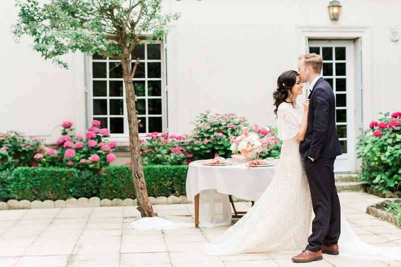 Classic Paris wedding photographed by Alicia Yarrish Photography