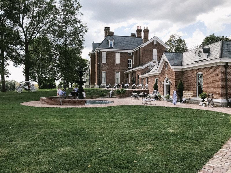 Lynwood Estate - Luxury Kentucky Wedding Venue - Richmond, Kentucky 00014
