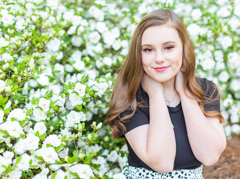 seniorpics, girl, flowers, ole miss, spring pictures