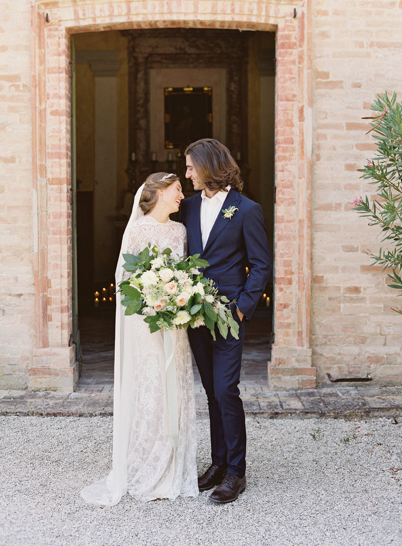 Contax 645 wedding pose Italy Michael and Carina Photography