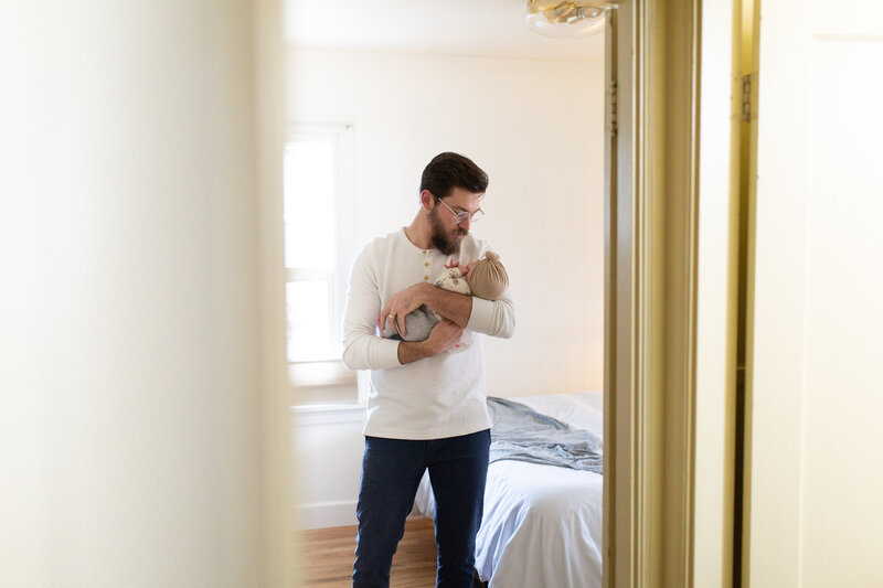 athena-and-camron-homebody-lightroom-presets-SKYLIGHT-bright-airy-15