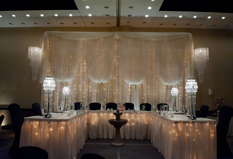 Fargo Hilton Wedding Venue photographers kris kandel (10)
