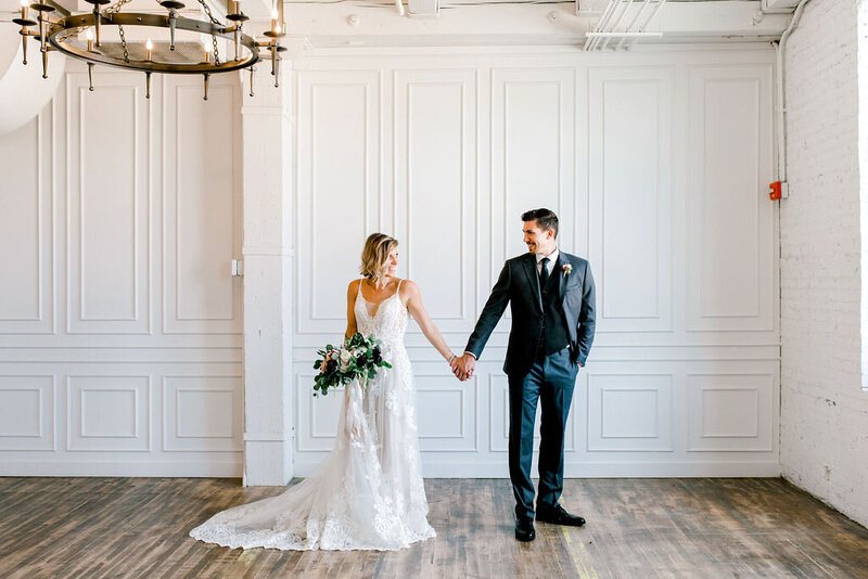 Chicago wedding photographer , wedding pictures captured in light and airy way, the best chicago wedding photographer near me now