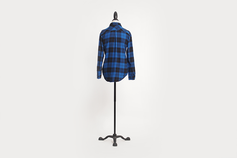 aritzia-plaid-flannel-shirt-04