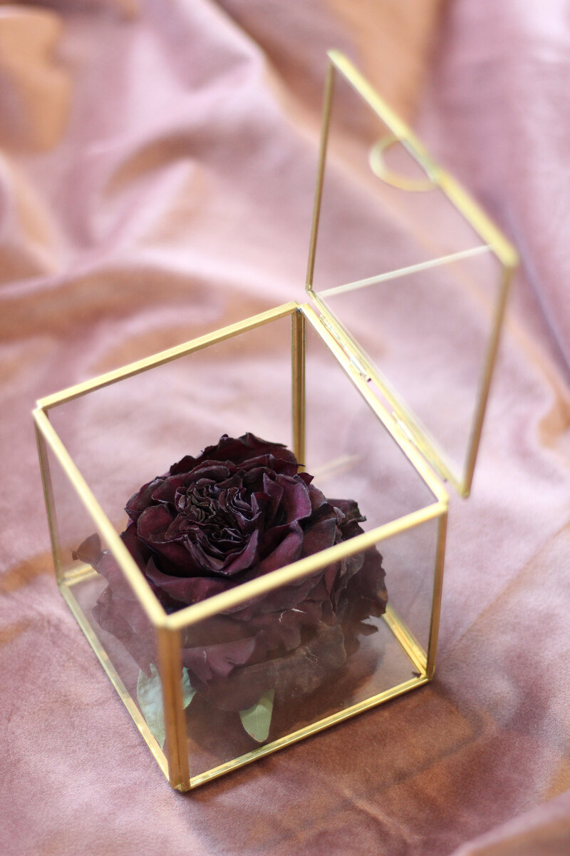 greenwich-new-york-preservation-floral-wedding-westchester-bouquet-rose-preserved-14