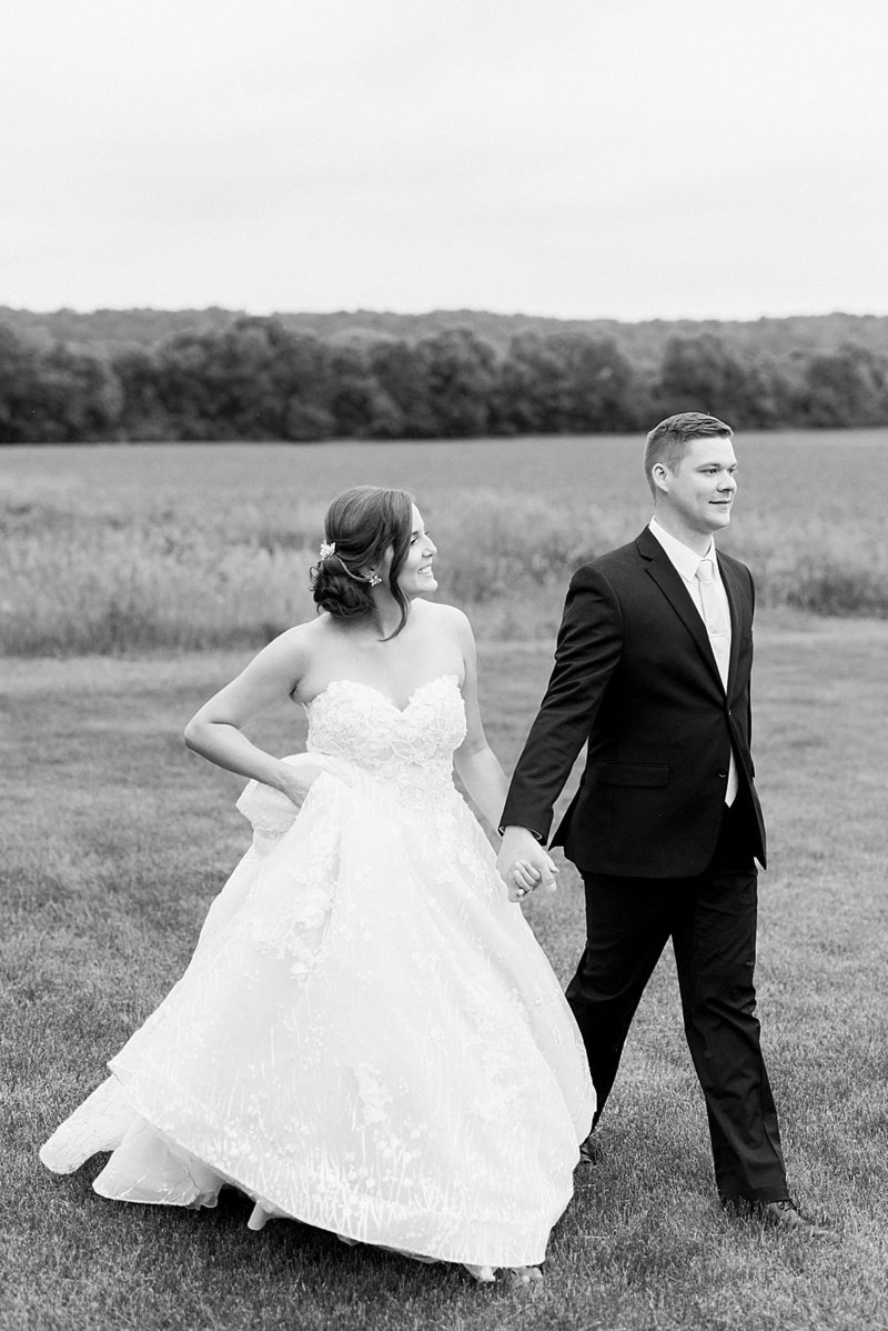 Laura-Dustin-Wedding-Mayowood-Stone-Barn-752