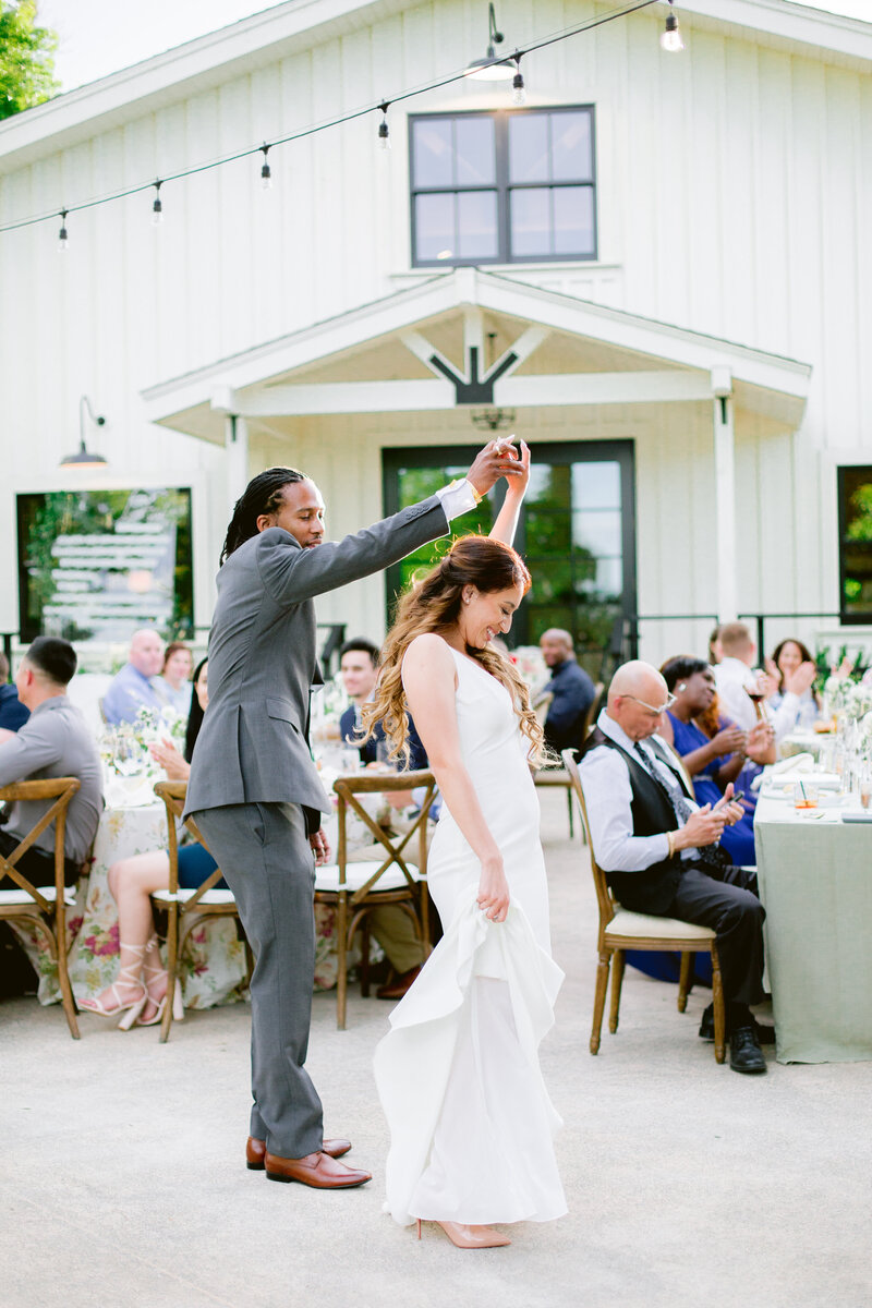 wendy-kevon-park-winters-wedding-contigo-ranch-frederickburg-158