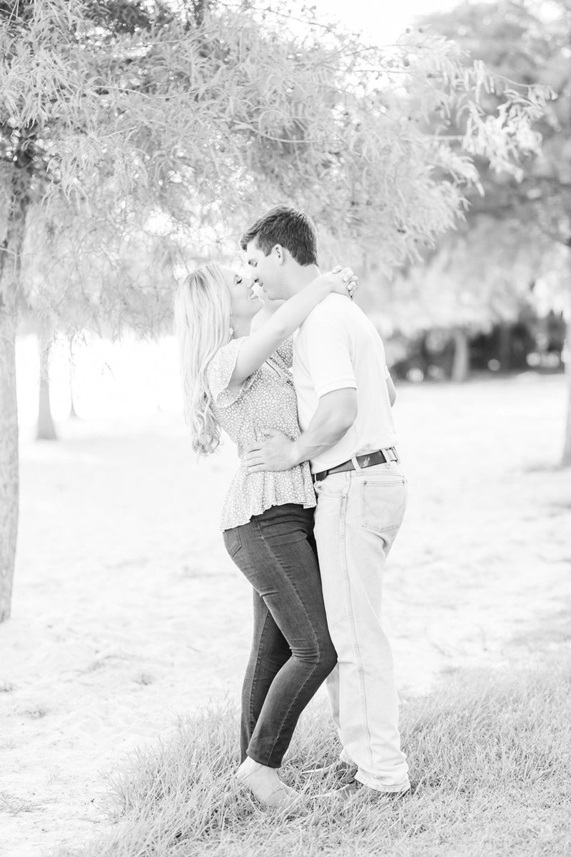 Fontainebleau-State-Park-Engagement-Session-Louisiana_29