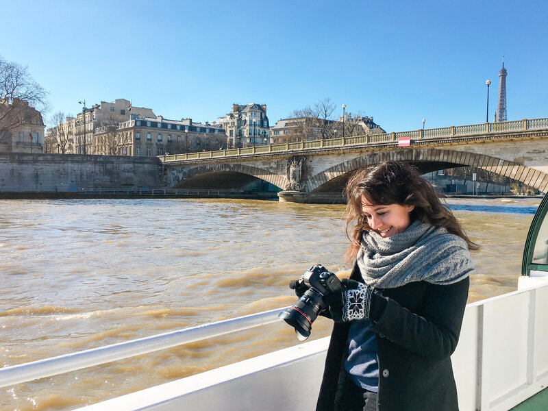 Kelli-Hayden-Paris-France-Seine-River