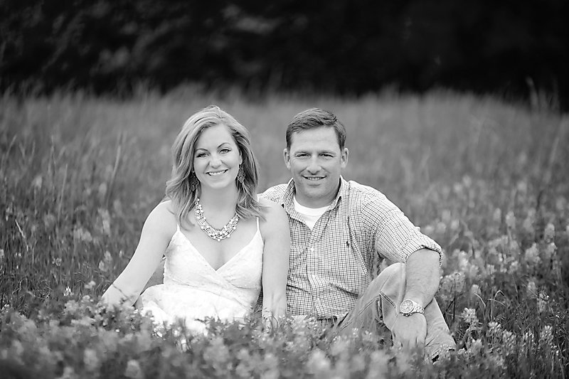 Nicole Woods Photography - Austin Texas Engagement Photographer - Copyright 2016 - 2018 - bw