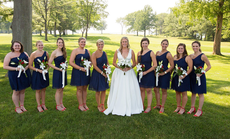 Bride with her bridesmaids at Lawrence Park golf club