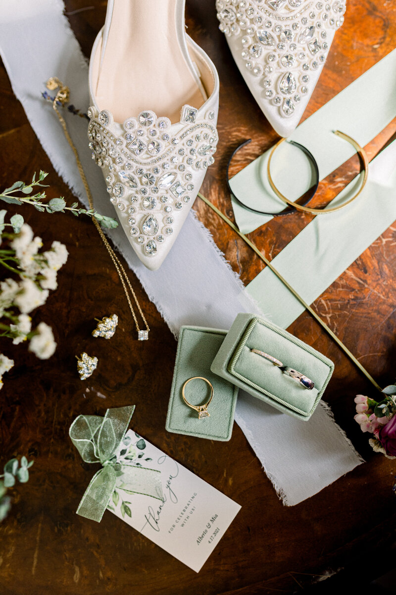 Cute bridal details of Intimate Micro Wedding styled shoot of wedding bouquet, bridal shoes, and boutonniere