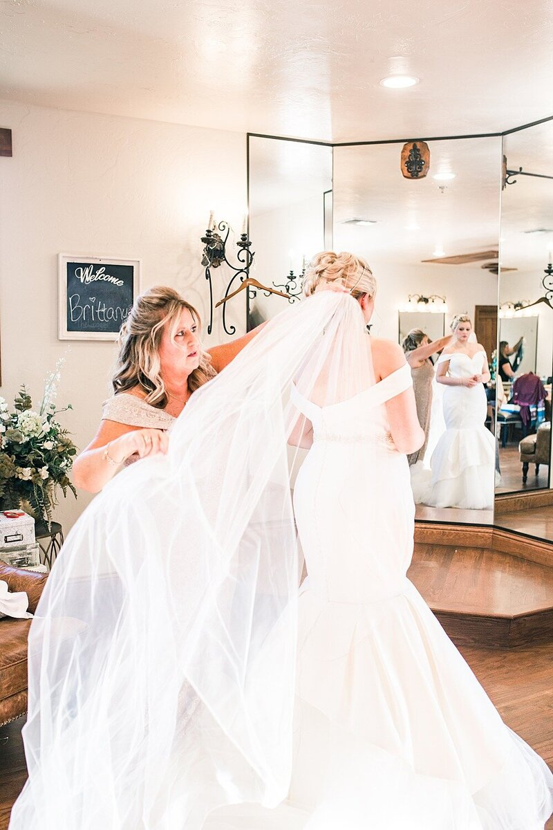Springs-Event-Venue-Fort-Worth-Wedding-Moni-Lynn-Images_0006