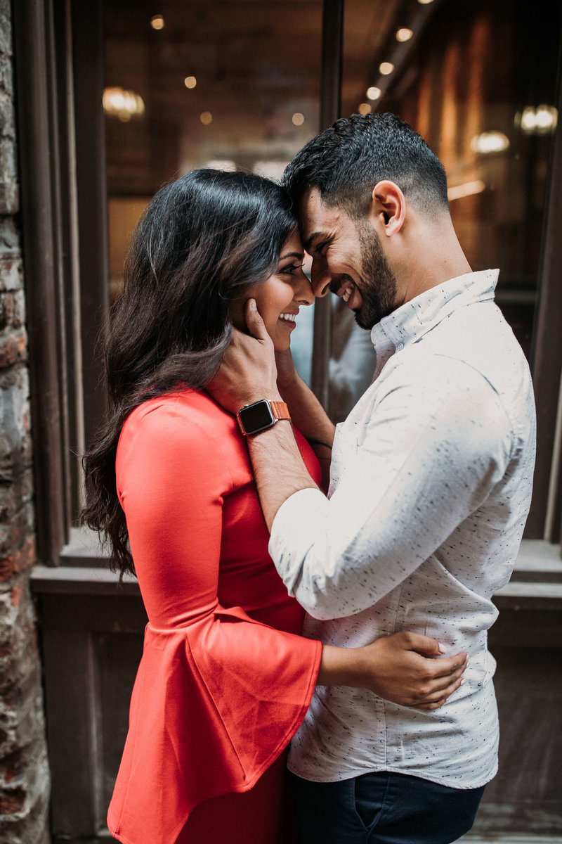 Ruby+Ash_Pioneer_Square_Engagement_Seattle_engagement_photographer_APW_11
