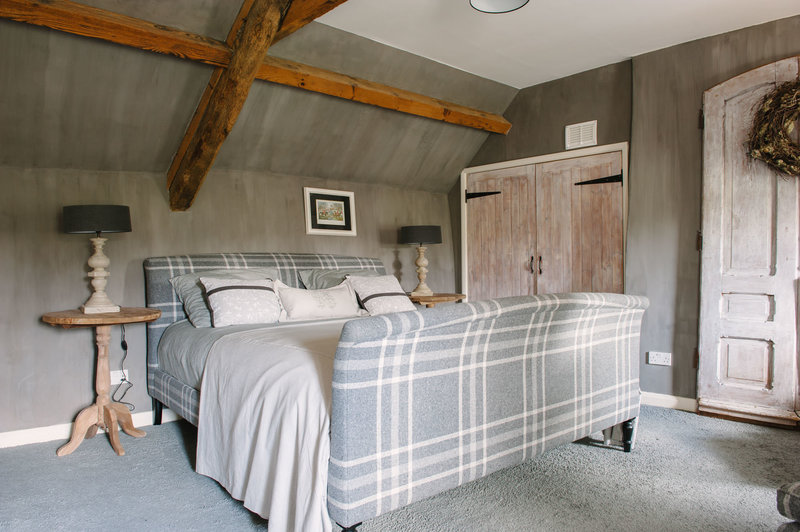 Bedroom decorated with Arte di Vita lime paint in Bank Cottage, the Cotswolds.