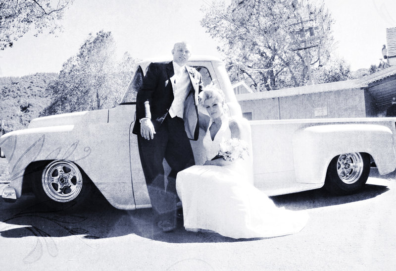 Vintage truck bride and groom