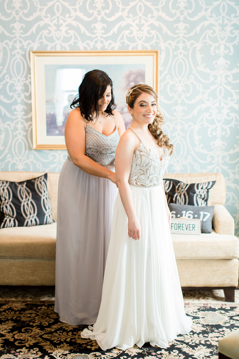Bride and maid of honor at Molly Pitcher Inn