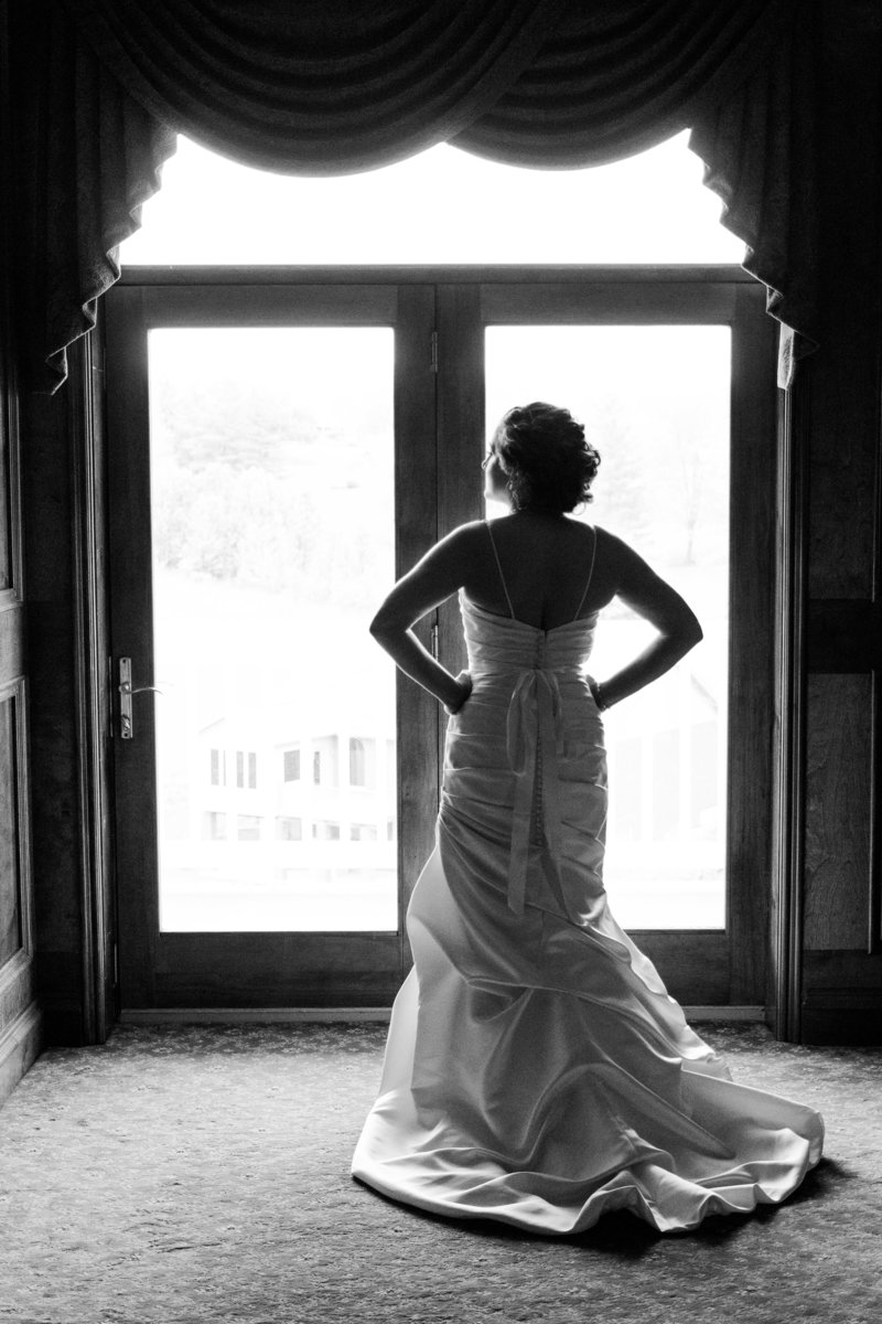Pebble Creek bridal portrait by Cincinnati Wedding Photographers of Off the Film Photography create a fun and stress free experience.  We are located in Cincinnati Ohio.