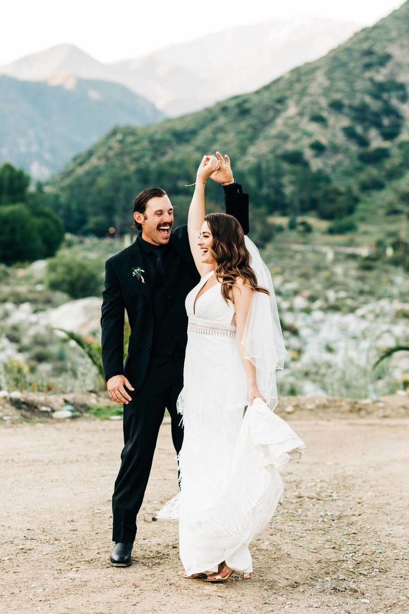 Jenna-Michael-Sweetpea-Ranch-Mt-Baldy-Wedding-Photos-Southern-California-wedding-Photographer_1-2