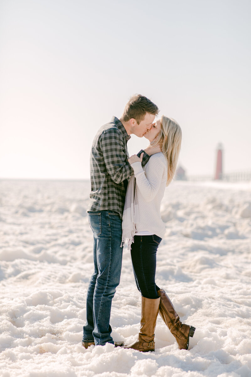 Leidy and Josh Photography | Grand Haven Pier Winter Engagement-1