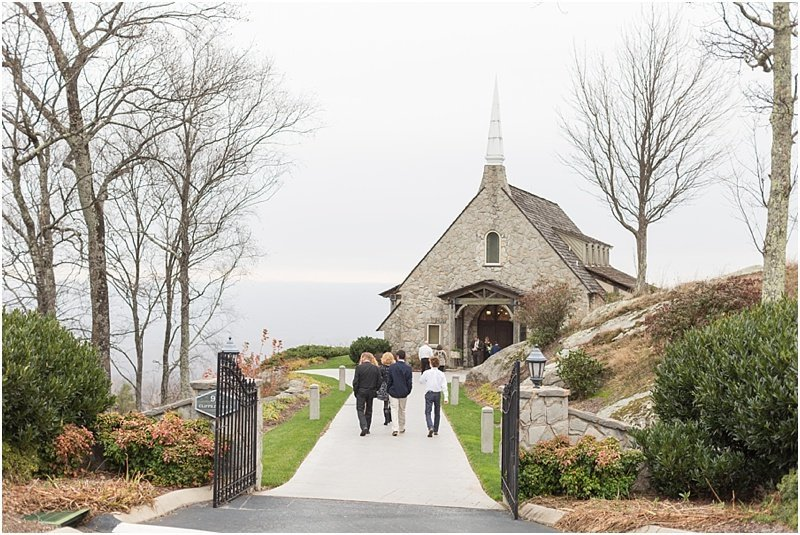 guests walk into Glassy Chapel for a wedding at the Cliffs
