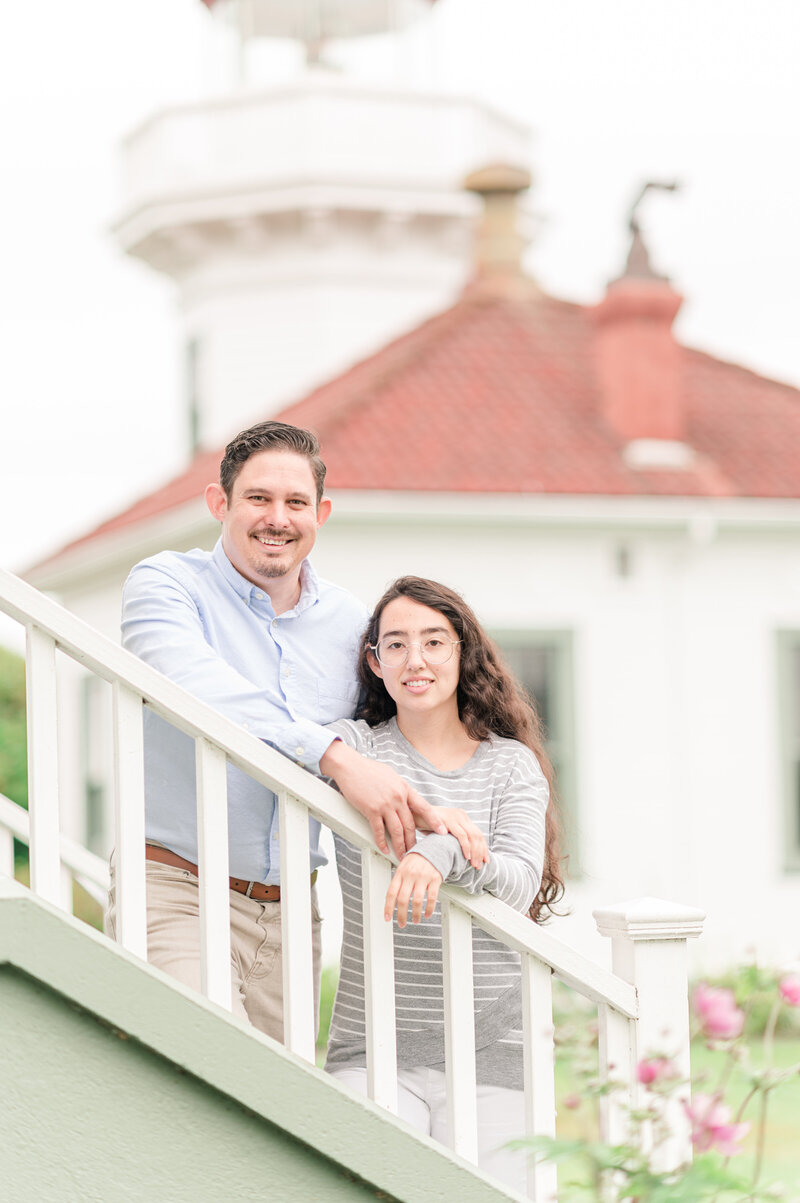 Seattle wedding photographers Mukilteo lighthouse engagement