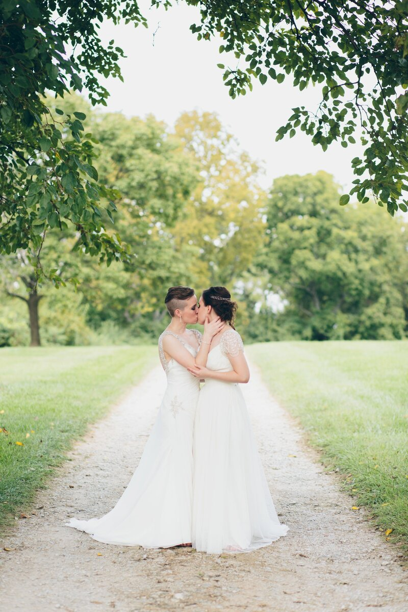 Cassandra Zetta - LGBTQ Wedding Photographer - Cincinnati - Columbus - Nashville - Chicago_0010
