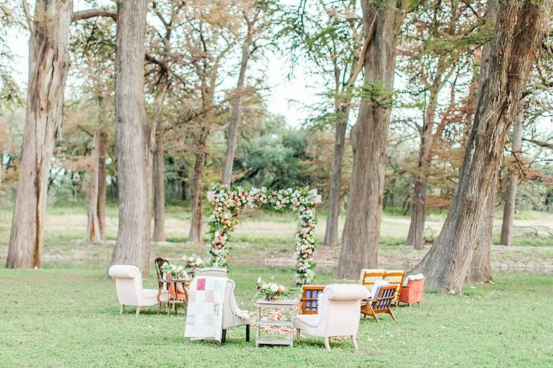 Intimate wedding in Utopia Texas Hill Country Wedding Venue photos by Allison Jeffers Photography_0050