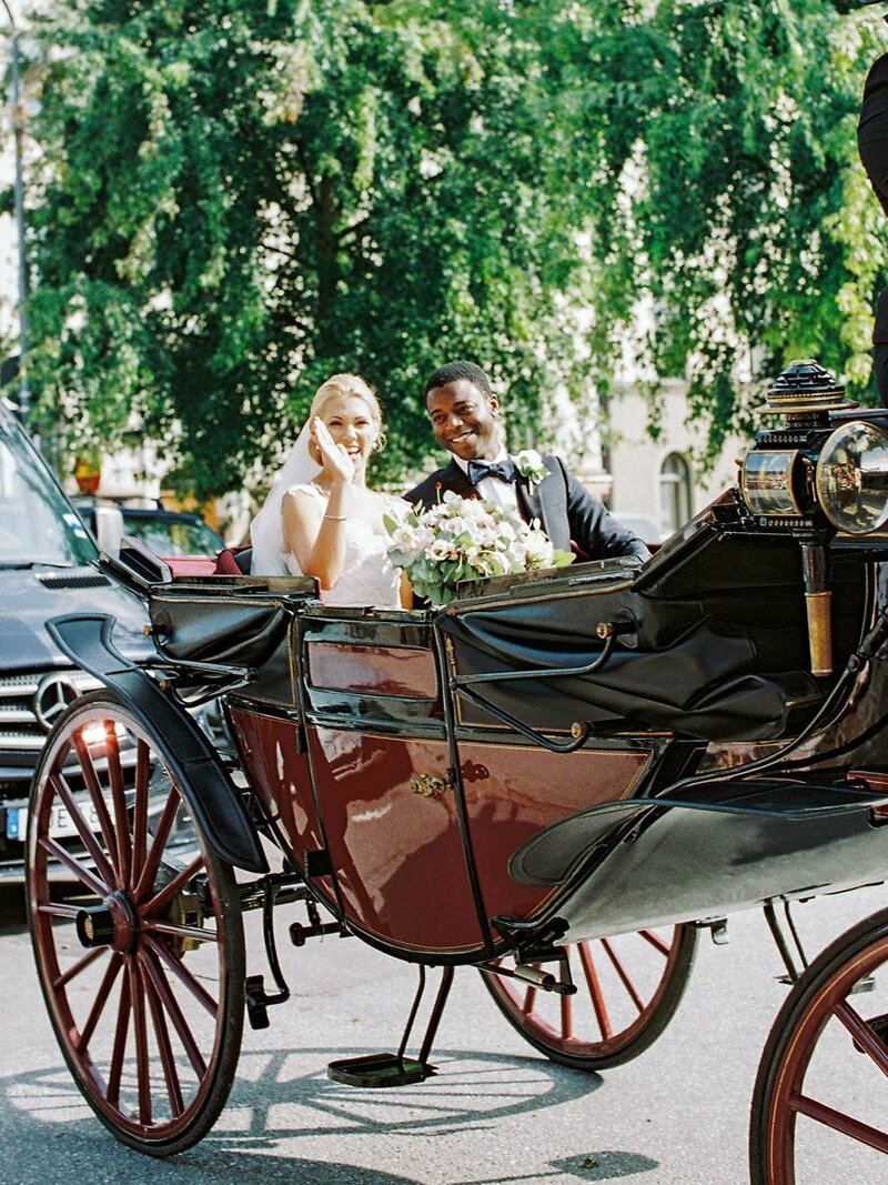 0018_Horse-and-carriage