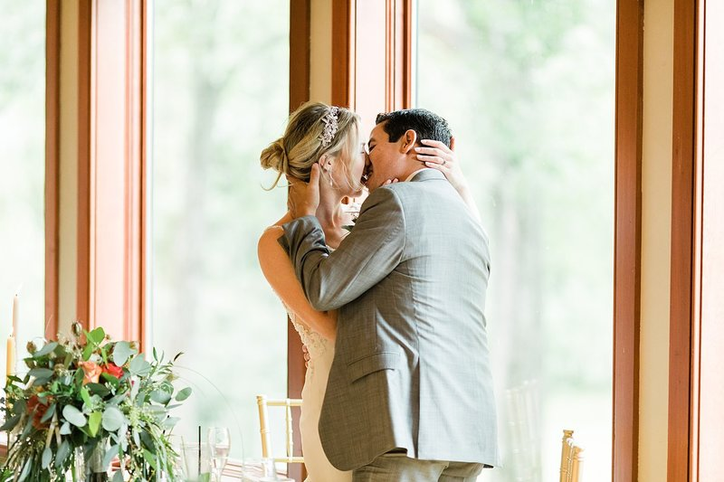 59-Wausau-WI-Country-Club-Wedding-Photo-James-Stokes-Photography