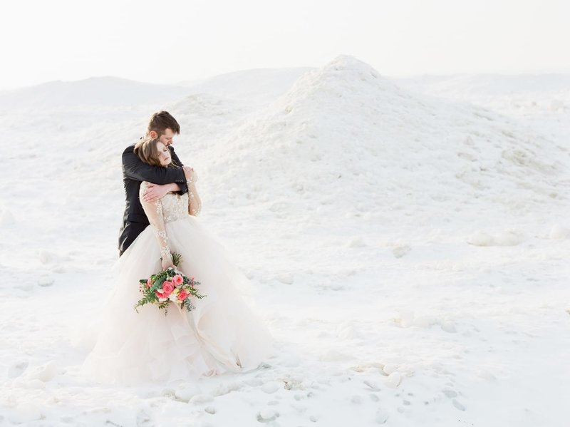 Frozen-Lake-Michigan-wedding-inspiration-Kelly-Sweet-18