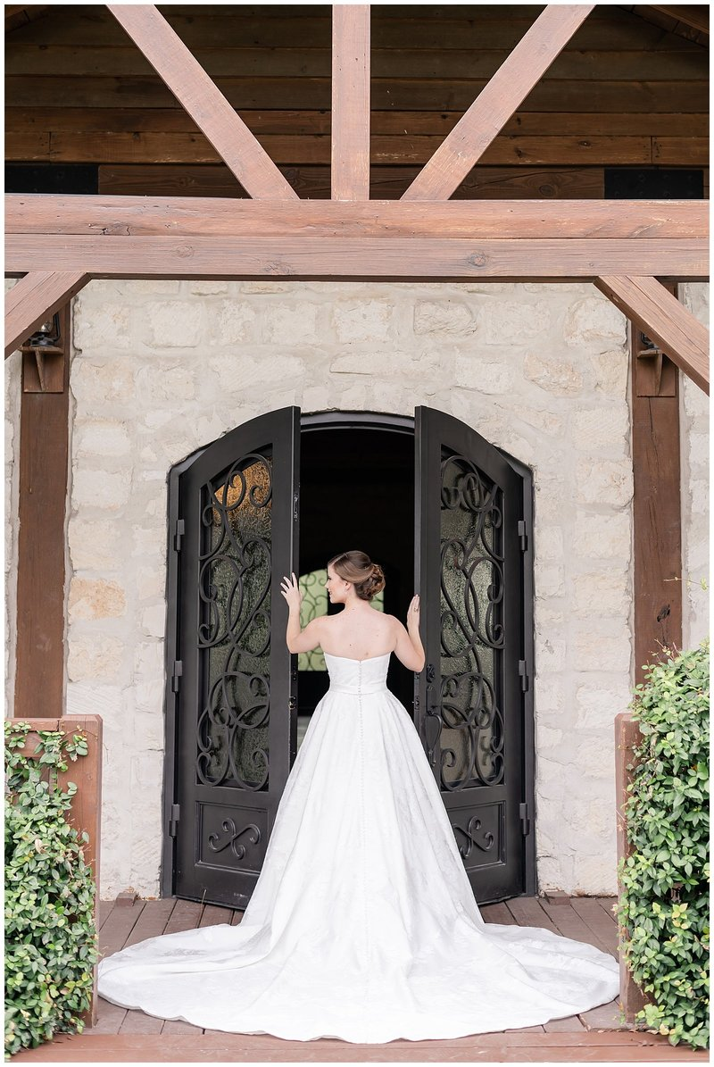 Melissa & Arturo Photography | Bridal Session - Caitlin_35