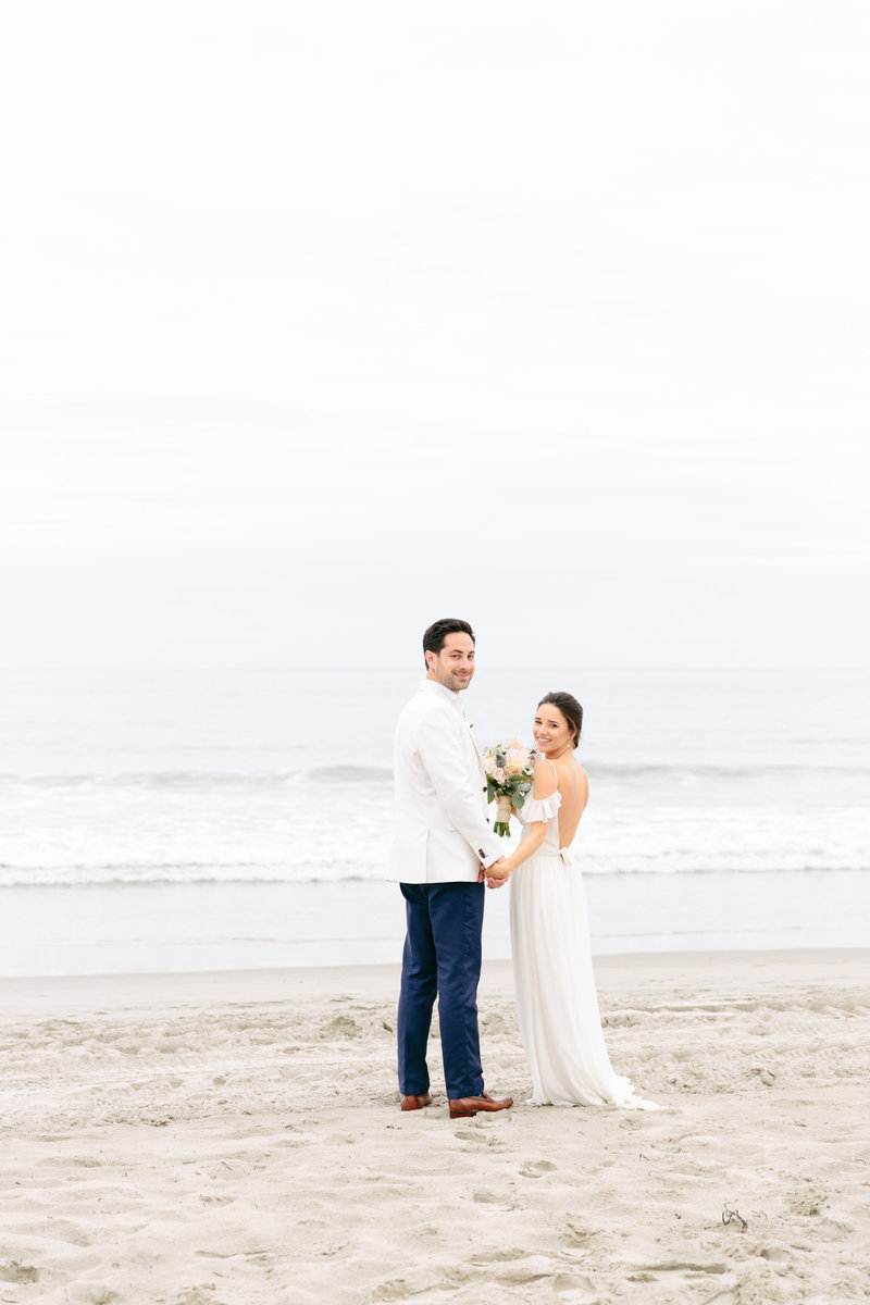 2019-aug23-dunes-club-newport-wedding-photography-rhodeisland-kimlynphotography0403