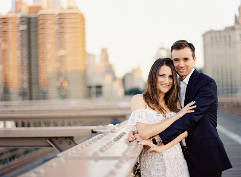 03-Brooklyn-Bridge-Engagement-Photos