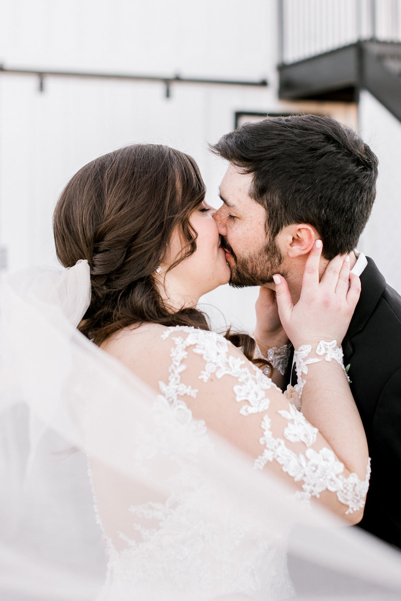 Bride and Groom kissing at the Josephina Event Venue, Lexington Kentucky Wedding Photographer, Katelyn V. Photography