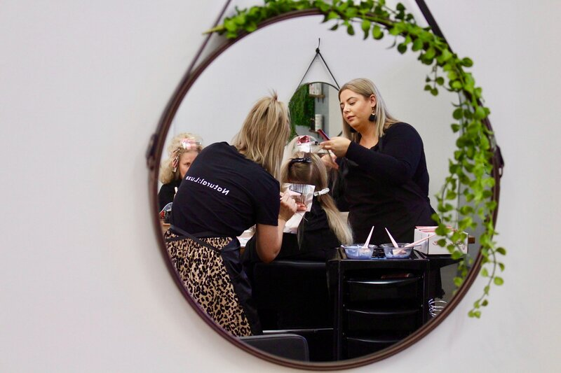 Toowoomba-hairdressing-services-Cheveux.jpg