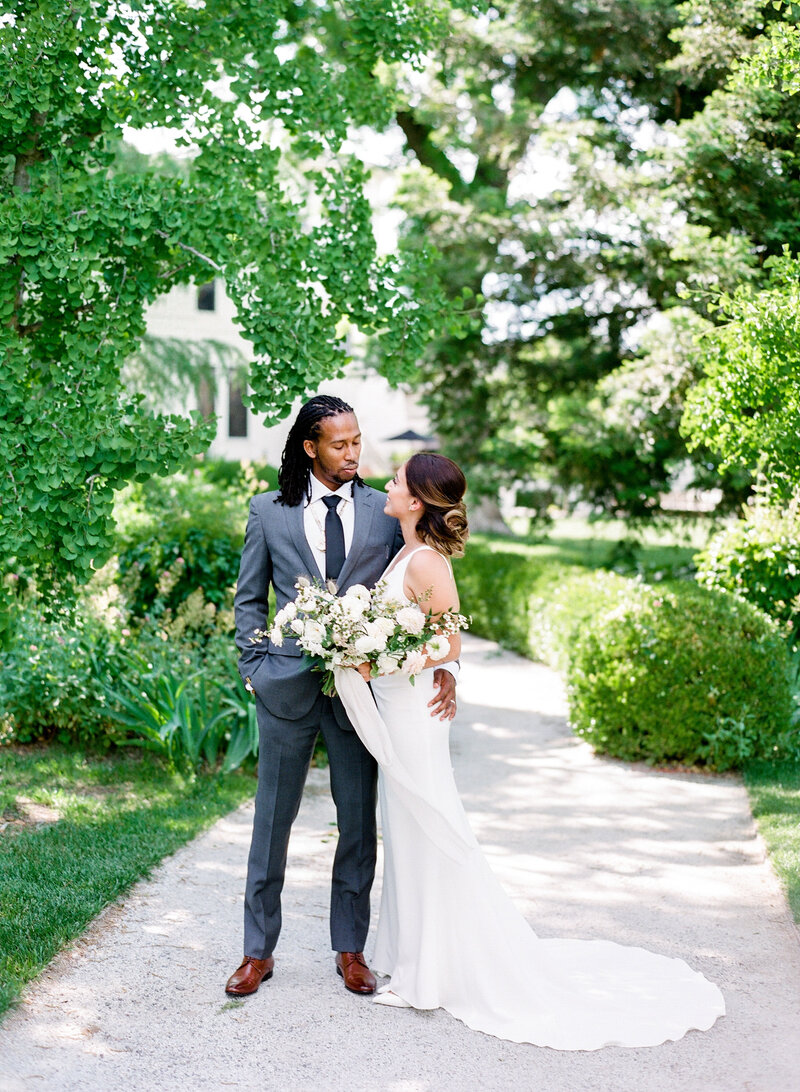 wendy-kevon-park-winters-wedding-contigo-ranch-frederickburg-49