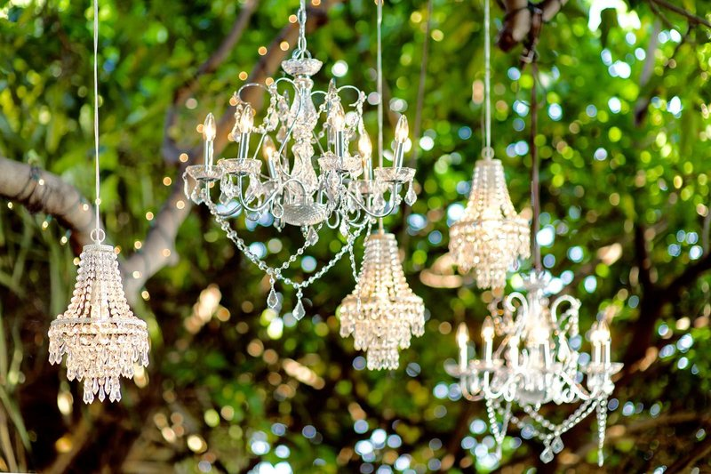 hanging-crystal-chandeliers-wedding-ceremony-hawaii-lighting-rentals (1)