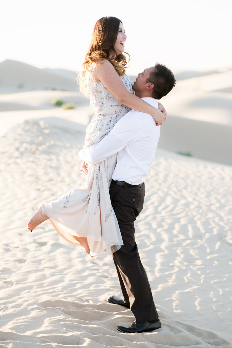 imperial-sand-dunes-engagement-photography-10