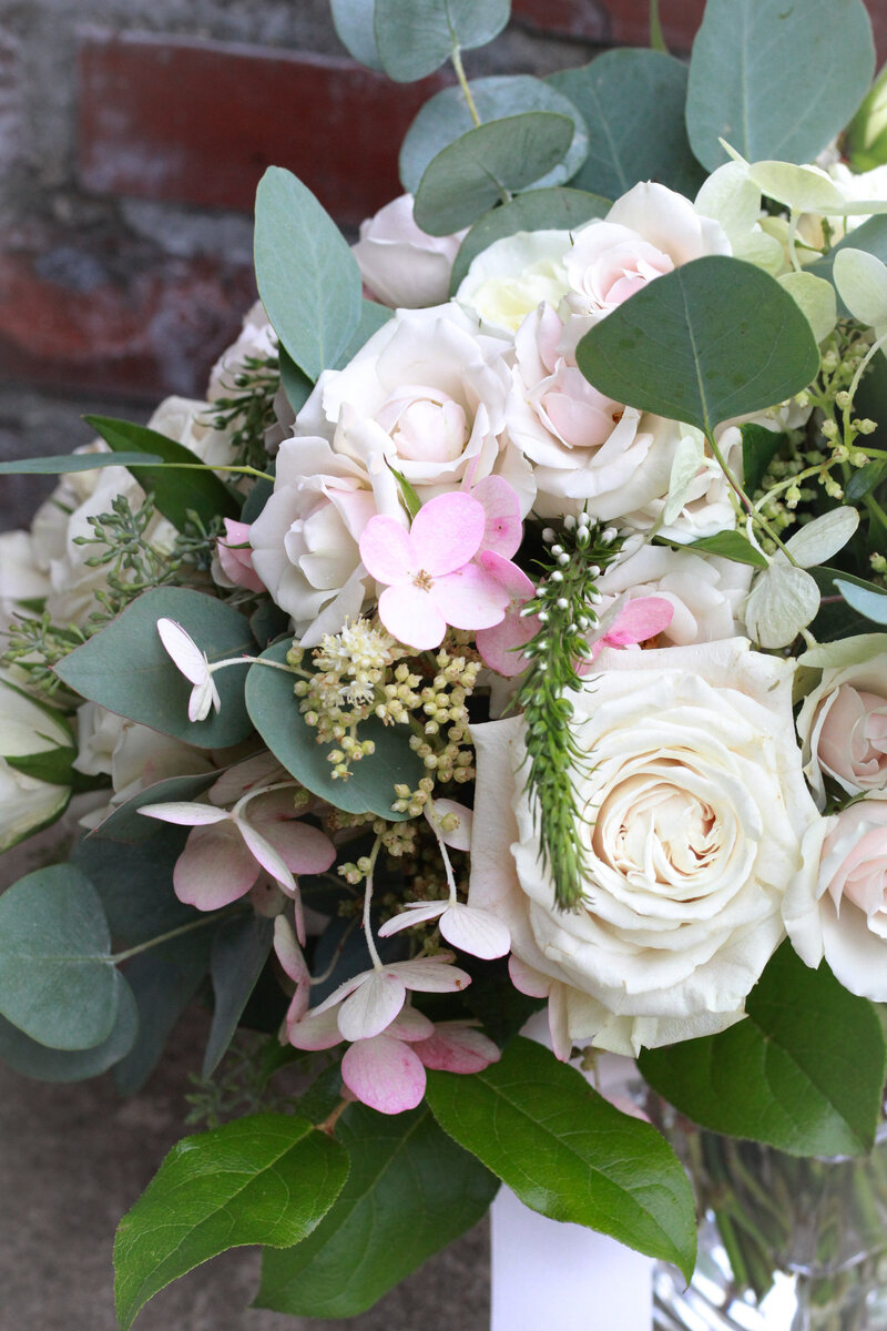 florist-greenwich-new-york-connecticut-designer-preservation-floral-wedding-westchester-bouquet-hydrangea-blush-4