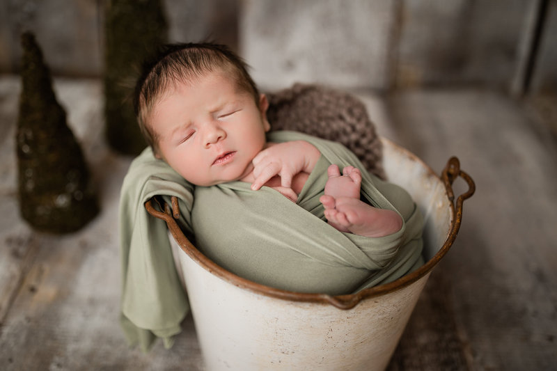 TannerNewbornPreview