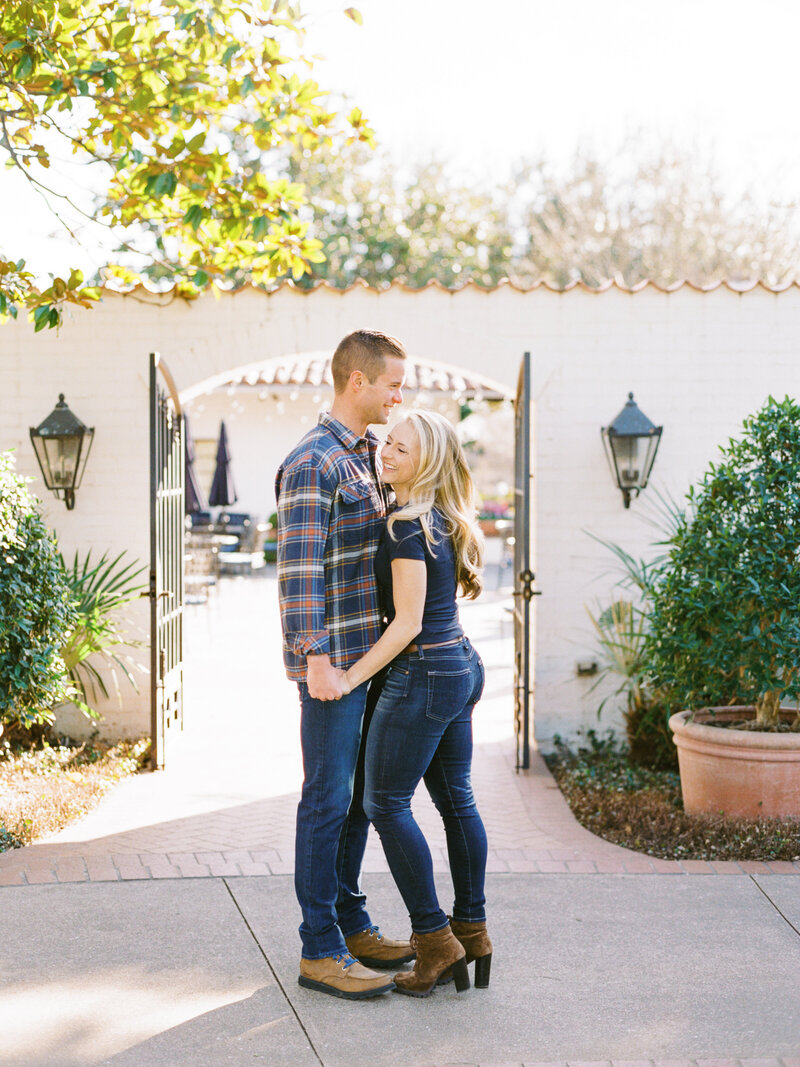 Dallas-Arboretum-Engagement-Photographer-1
