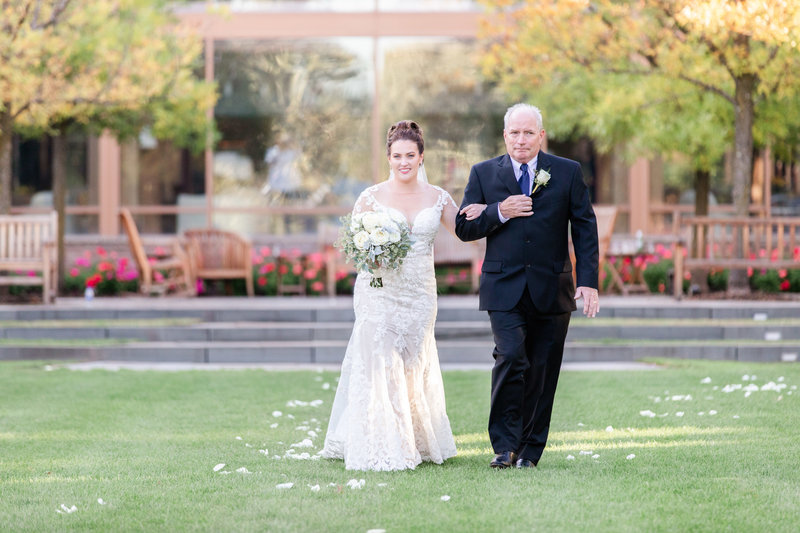 caiti-tim-wedding-lovewell-weddings-turning-stone-resort-607