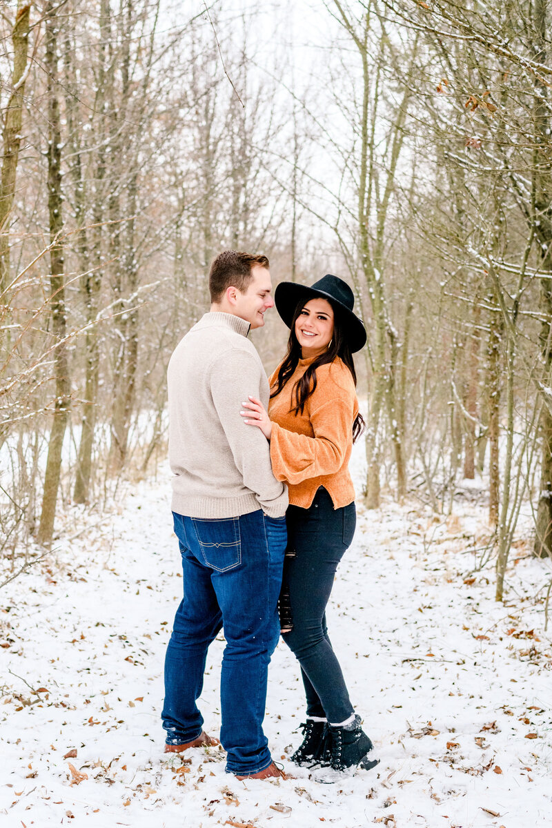 snow-couple-protraits-blue-bell-andrea-krout-photography-100