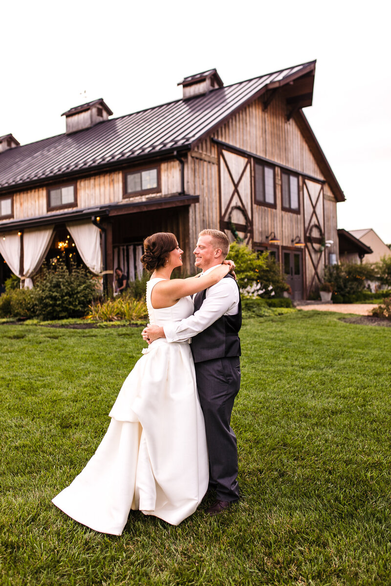 Bride and Groom Barn Crystal Spring Farm Indiana