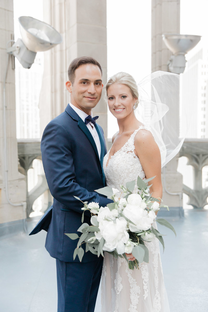chicago-tribune-tower-wedding-nicole-jason-232