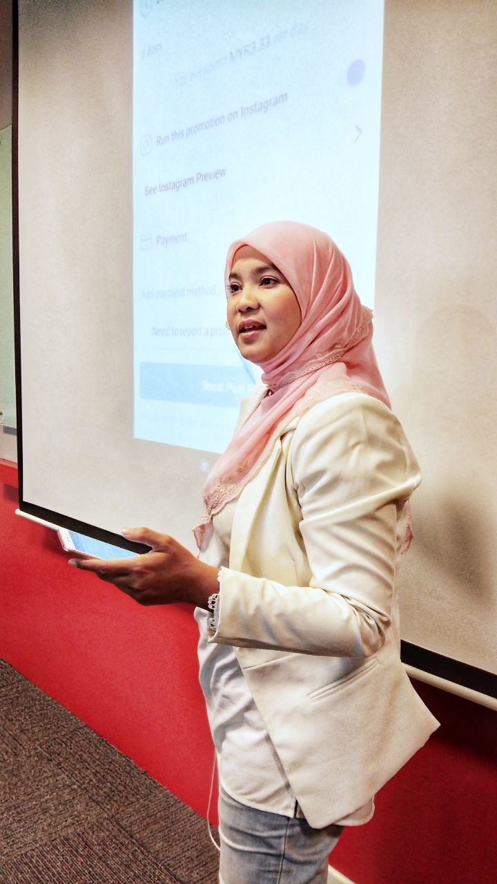 Shahrina Shaharin as an Online Marketing Coach