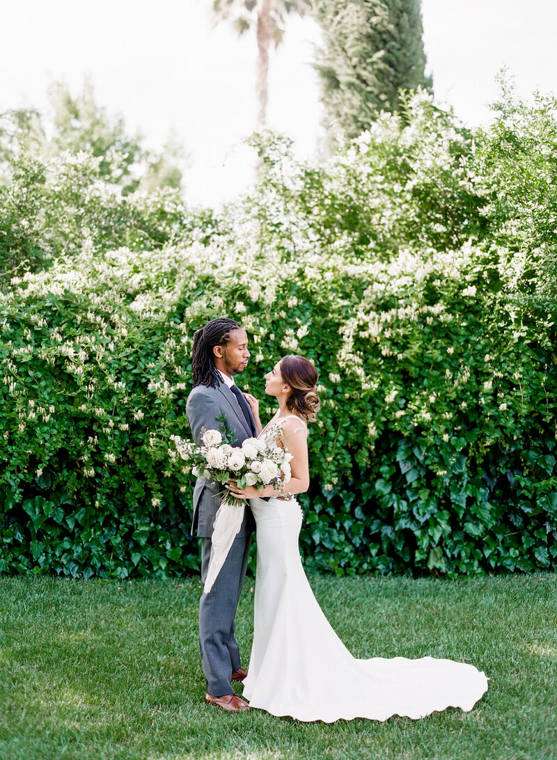 wendy-kevon-park-winters-wedding-contigo-ranch-frederickburg-60