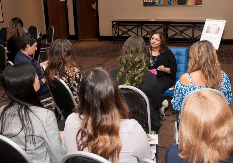 EXPERT TALK - MOMPRENEURS CONFERENCE | Portrait Photographer specialising in women's portraits offering Personal Branding, Business Branding, Headshots, Makeover Photoshoots in Mississauga, Oakville, Milton, Burlington, Toronto, GTA